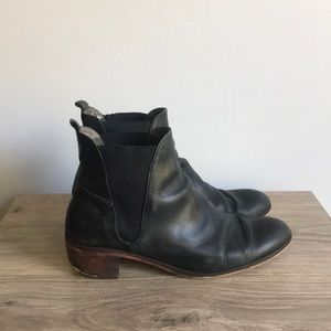 H by Hudson Black leather ankle booties